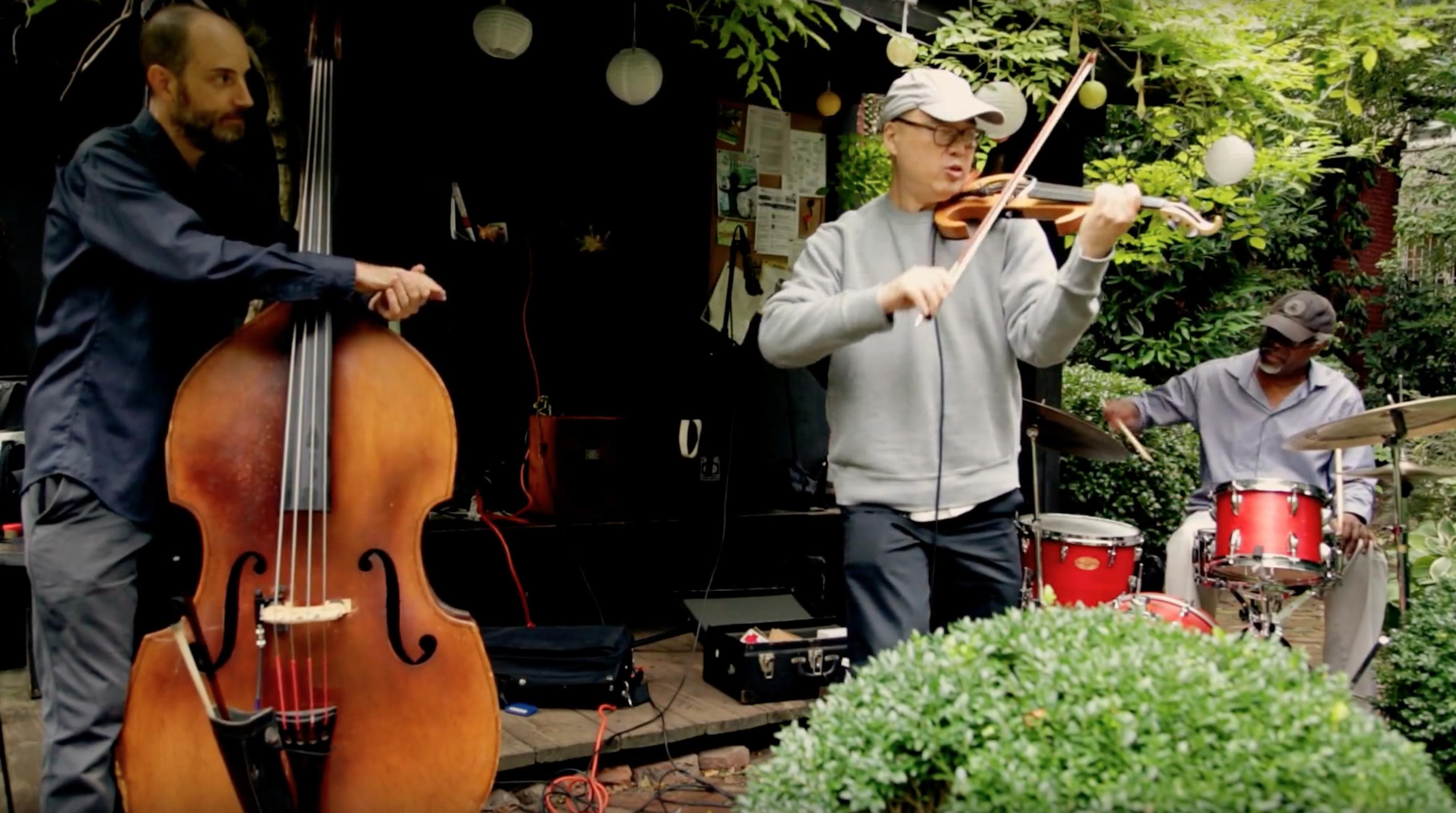 Jason Kao Hwang / Todd Nicholson / Michael T.A. Thompson @ 6BC Gardens [Oct – 01]