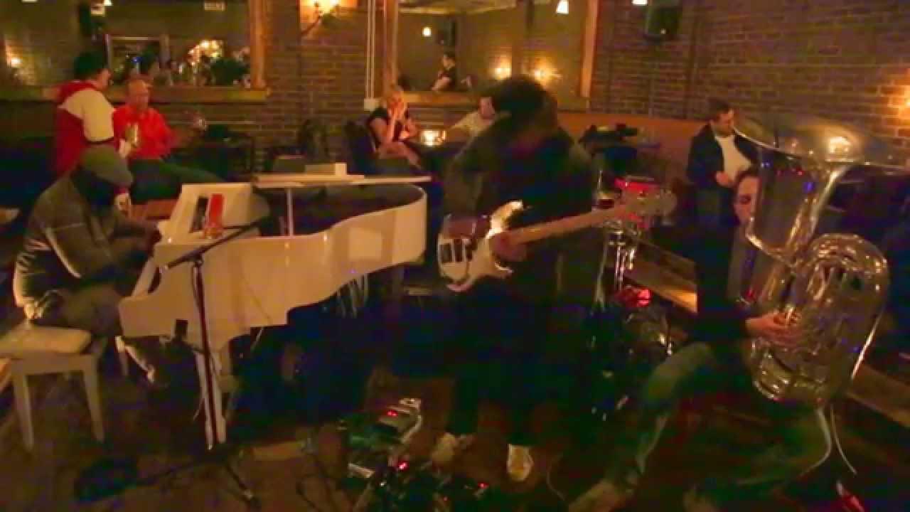 Alexis Marcelo, Tim Dahl, and Dan Peck Live at Manhattan Inn 2015-11-04
