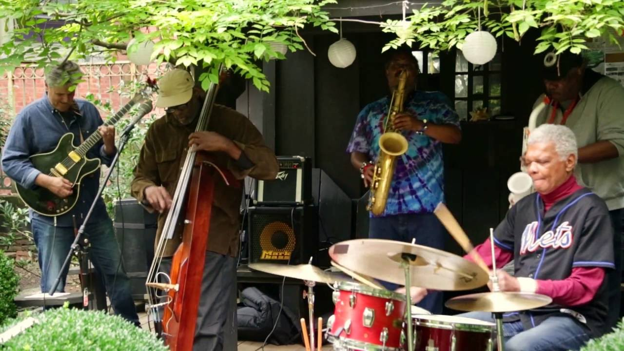 Charles Downs' Centipede Live at 6BC Gardens (Arts for Art) 2016-10-02