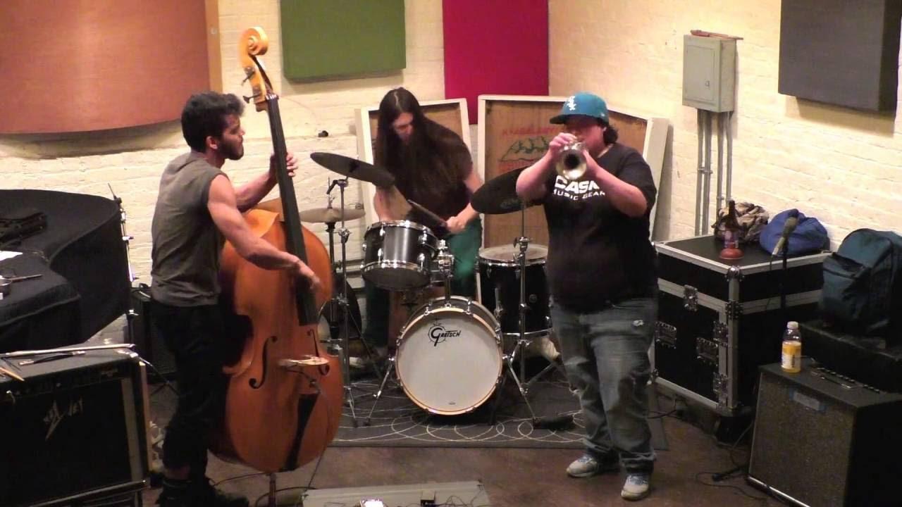 Jaimie Branch, Brandon Lopez, and David Vanzan Live at Ibeam Brooklyn 2016-07-10