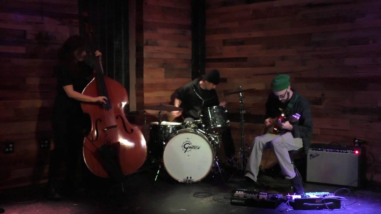 Lucas Brode, Shayna Dulberger, and Julius Masri Live at Pine Box 2016-10-15